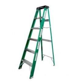 8 STEP FIBERGLASS LADDER 792 SERIES